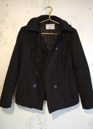 Укороченное чёрное пальто terranova