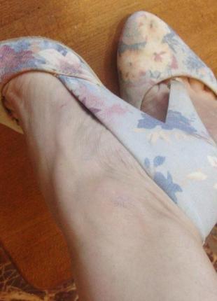 Туфли бежево-голубые forever 21 размер 38 стелька 25 см