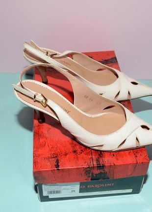 Белые туфли carlo pazolini натуральная кожа