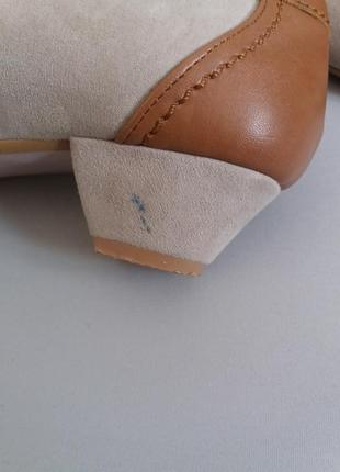 Туфли балетки на маленьком каблуке замшевые vera pelle4 фото