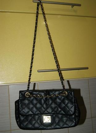 Классная сумочка gina tricot