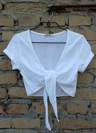 Болеро белого цвета от итальянского дома модной одежды