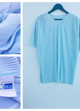 Нарядная футболка плиссе нежно голубая футболка большой размер