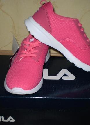 Очень легкие кроссовки для девочек fila. оригинал