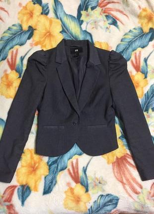 Женский красивый пиджак h&m размер xs,s