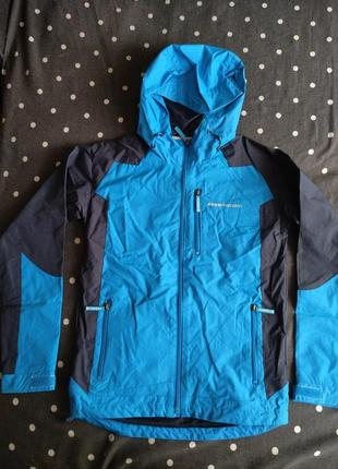 Отличная легкая куртка ветровка champion 140 см