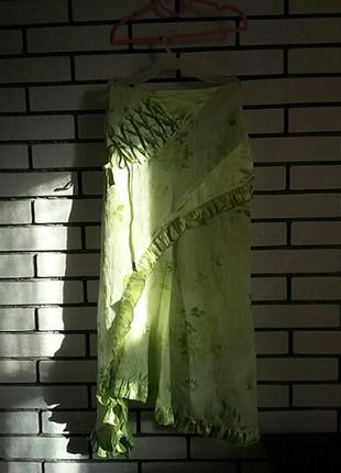 Испанская нарядная асимметричная юбка миди с атласными оборками и шнуровкой