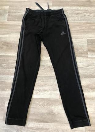 Мужские чёрные спортиные штаны adidas
