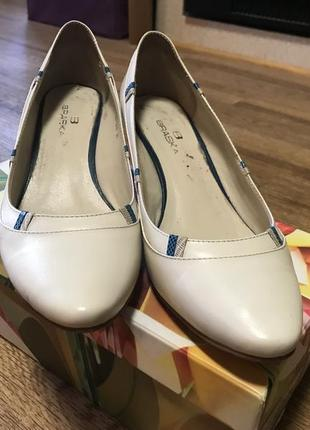 Женские туфли braska
