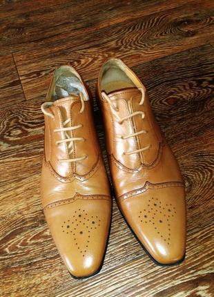 Туфли от carlo pazolini