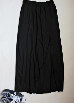 Черная макси юбка с глубоким разрезом по левой ноге от vero moda, размер m