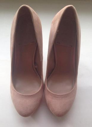 Туфли пудрового цвета stradivarius