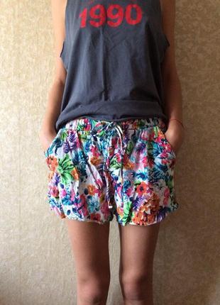 Короткие шорты new look