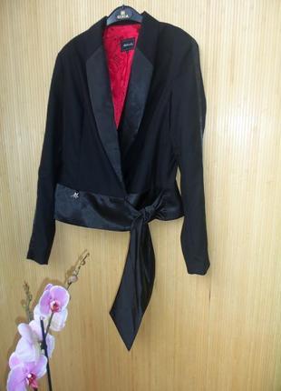 Чёрный жакет тонкая шерсть в деловом стиле m/l3