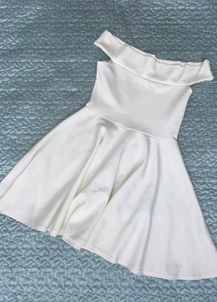 Белое молочное нарядное платье boohoo