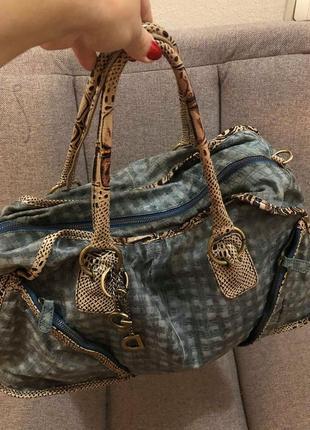Отличная кожаная сумка от d@g .