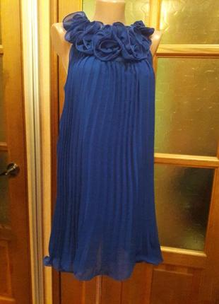 Коктельное легкое и воздушное плисерованное платье deniza