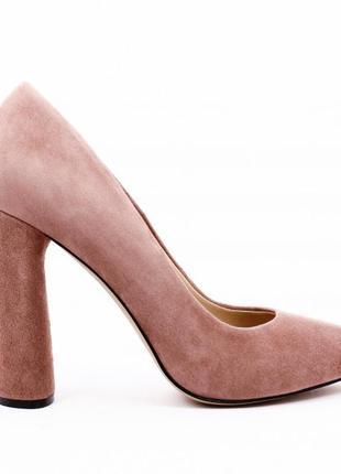 Туфли замшевые на высоком каблуке пудрового (бледно розового) цвета