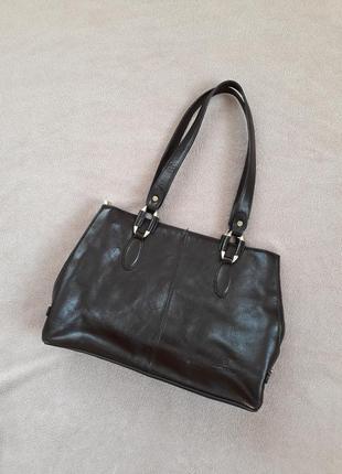 Кожаная коричневая сумка от hexagona