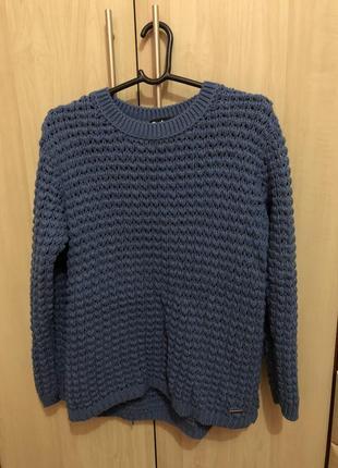 Тёплый вязаный свитер !)