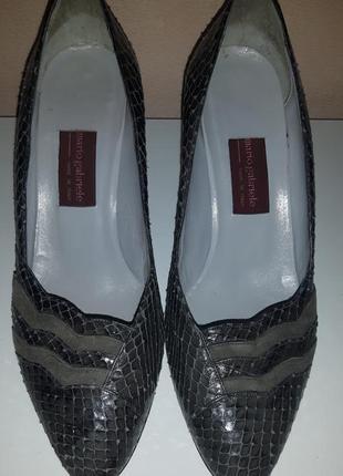 Элегантные туфли из натуральной кожи питона, италия