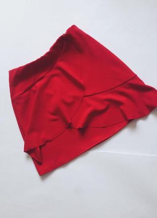 Мини юбка красная с завышенной талией и воланами1