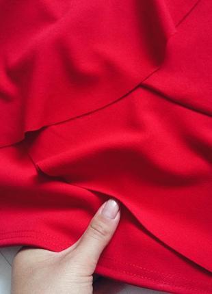 Мини юбка красная с завышенной талией и воланами3
