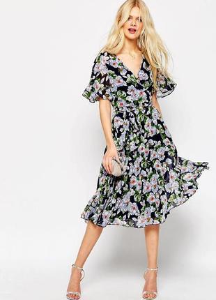 Платье asоs миди плиссе с запахом и цветочным рисунком