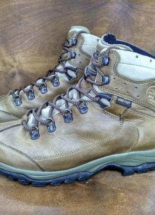 Кожаные водонепроницаемые ботинки meindl gore tex ( 40 размер )