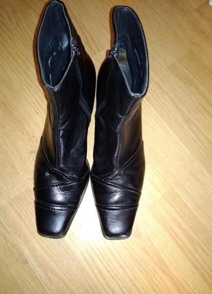 Фирменные ботиночки 39 р paul green3