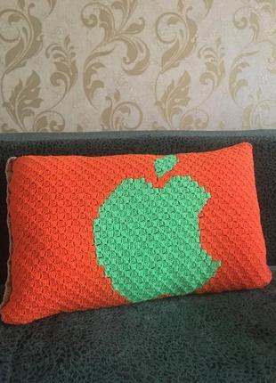 Подушка apple