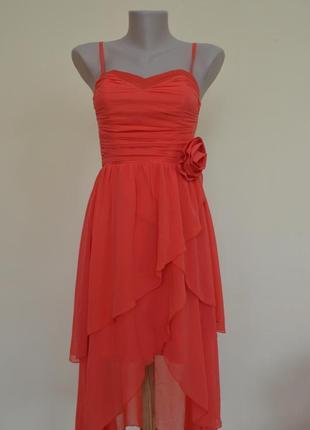 Бомбезное нарядное кораловое платье