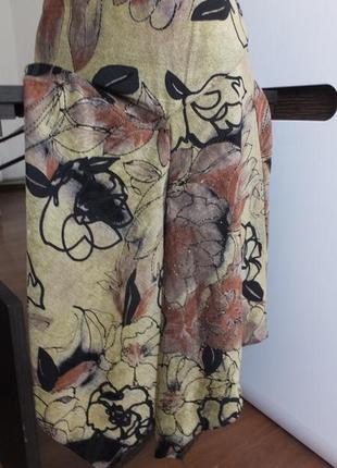 Плотная расклешенная иолодежная юбка ассиметричная размер м /46 .