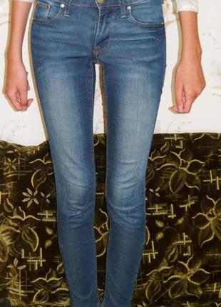 Стильные джинсы скинни от h&m