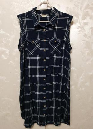 Вискозное клетчатое синее платье-рубашка marks & spencer