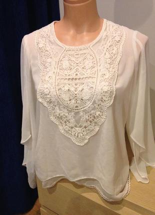 Блуза нарядная с шифона