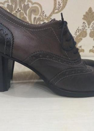 Кожаные туфли, ботинки, ботильоны, лоферы итальянского бренда maripe 40 р./26 см