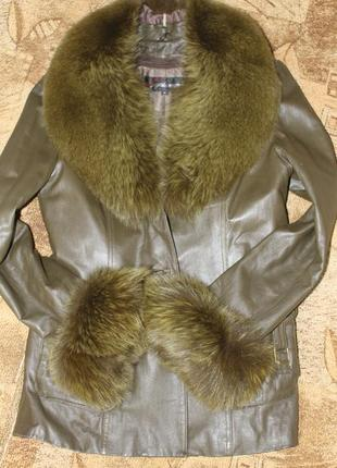 Кожаная куртка с мехом песца р. 46-48 осень-зима