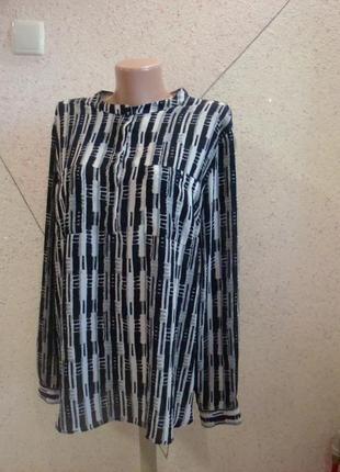 Классическая рубашка в геометрический принт. размер 16-20