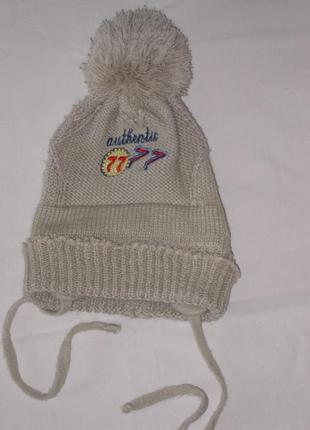 Вязаная шапка на завязках, осень-весна, 6-9 месяцев