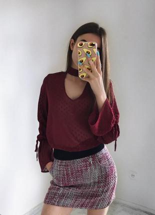 Стильная блуза бордо