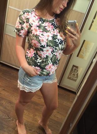 Блуза с листками