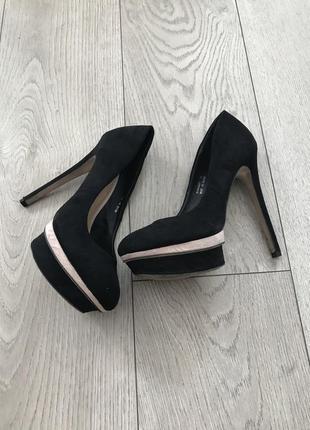 Туфли на высоком каблуке asos