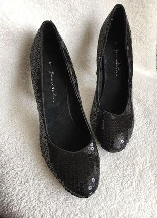 Супер классные туфли в пайетки качественная обувь по 50грн распродажа