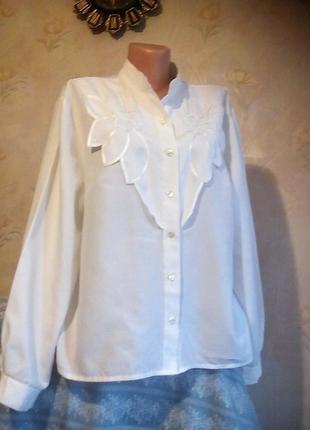 Белая нарядная блузка с оригинальным декором-вышивкой большой размер canda германия