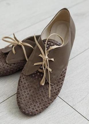 Кожаные летние туфли с перфорацией