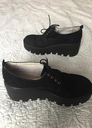 Супер крутые замшевые туфли