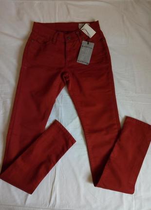 Низкая цена!!!джинсы silver creek.отличное качество!!!
