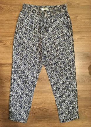 Натуральные комфортные брюки в орнамент,вискоза!