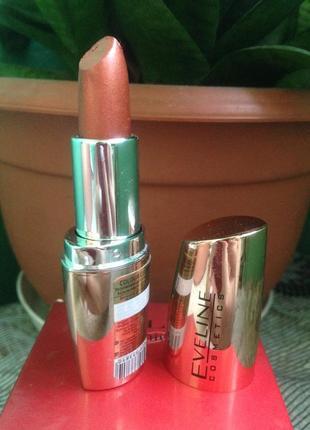 Губная помада 3 в 1 eveline cosmetics ❀ возможен обмен !!!